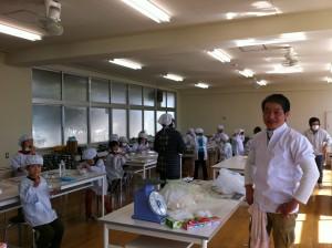 小学校豆腐づくり教室
